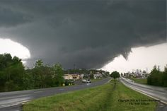 Image of a strong tornado near Arab, Alabama, part of the outbreak on April 27, 2011. Image via Charles Whisenant/NSF