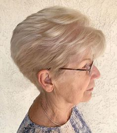 Voluminous Pixie For Women Over Yrs Old Short Hair Over 60, Short Hairstyles For Thick Hair, Mom Hairstyles, Short Hair With Layers, Curly Hair Styles, Dark Blonde Bobs, Dark Blonde Hair Color, Beige Blonde, Haircut For Older Women