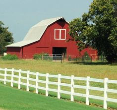 Beautiful barn in Somerville, Tennessee