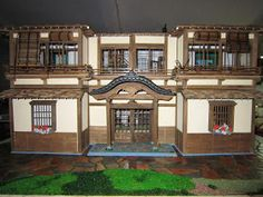 Japanese Doll's House (Ryokan in Stile Giapponese). Adding the front vestibule and attaching its roof. #miniature #japanese #dollhouse