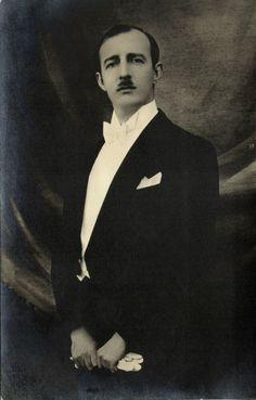 King Ahmet Muhtar Zogolli ZOG I of Albania 1939 RPPC | eBay