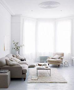 light and white home designed by U.K.-based photographer Paul Massey / sfgirlbybay