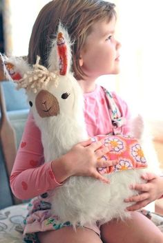 LuLu Llama Pillow PDF Sewing Pattern by Virginia Lindsay of GIngercake. The cutest!