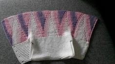 Şık Bebek Yeleği Yapılışı Anlatımı – elisiorgudukkani.com Vestidos Bebe Crochet, Crochet Stitches, Stitch Patterns, Panda, Adidas Sneakers, Knitting, Beautiful, Fashion, Dresses For Babies