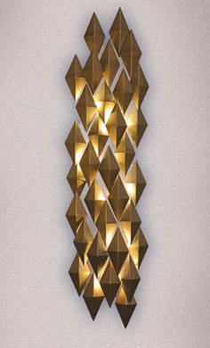 Daria Sconce at Lusive.com