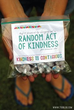 Random Acts of Kindness (RAOK) Ideas and Free Printable