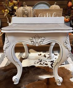 How to Apply Up in Smoke VooDoo Gel Stain - Dixie Belle Paint Company White Painted Furniture, Chalk Paint Furniture, Diy Furniture Projects, Refurbished Furniture, Repurposed Furniture, Furniture Makeover, Redoing Furniture, Wood Furniture, Craft Projects