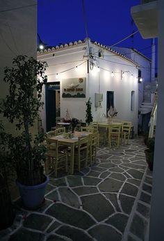 night shades in the island of Kythnos Mpakatsias Petros Wonderful Places, Beautiful Places, Greek Beauty, Greece Islands, Macedonia, Ancient Greece, Crete, World Heritage Sites, Santorini