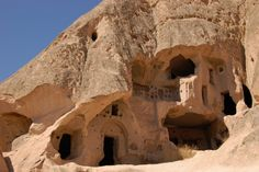 Casa em caverna.