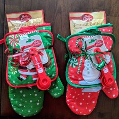 So easy Christmas gift! Just a dollar each at Dollar Tree! Oven mitts and cookie mix Christmas gift idea.