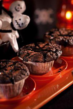Lakritsi-suklaamuffinit | K-ruoka #halloween Margarita, Liquor, Muffins, Cupcakes, Treats, Chocolate, Cooking, Breakfast, Desserts