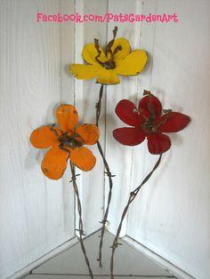 Rustic Metal Garden Art Flowers SET OF 3 by PatsGardenArt on Etsy, $29.00