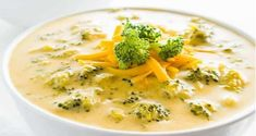 Broccoli Cheese Soup (Low Carb, Gluten-Free) This easy, creamy broccoli cheddar soup is gluten-free, low carb, and needs just 5 ingredients. Ready in just 20 minutes! Healthy Recipes, Low Carb Recipes, Soup Recipes, Diet Recipes, Healthy Snacks, Cooking Recipes, Slow Cooking, Healthy Soup, Recipies