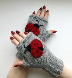 Excited to share this item from my shop: Ladybug Gloves - Knitted Fingerless Gloves - Ladybug Gloves - Arm Warmers - Christmas Gift - Hand Made Gloves -Winter Mittens Fingerless Gloves Knitted, Crochet Gloves, Knitted Hats, Knit Crochet, Crochet Pattern, Baby Hats Knitting, Lady Bug, Crochet Accessories, Knitting Patterns
