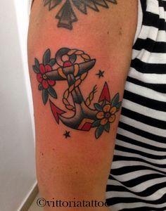 oldschooltattoo anchor tattoo tatuaggi como #tattoosbyvittoria via alessandro volta 49 como Italy #tattooanchor #como #tatuaggicomo #anchor #oldschool #tattoocomo #vittoriatattoo #viavolta49 #comolake #anchortattoo #tattoodo #instagram