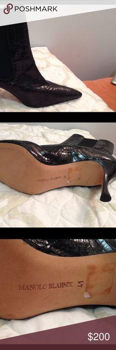 Boots manolo blanhkn New Manolo Blahnik Shoes Ankle Boots & Booties Bootie Boots, Ankle Boots, Manolo Blahnik Shoes, Username, Fashion Tips, Fashion Design, Fashion Trends, Kitten Heels, Booty