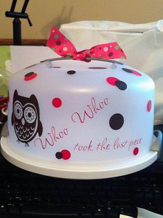 Personalized Cake Carrier by cocoandsable on Etsy, $18.00