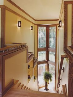 Improve your view on pinterest frank lloyd wright for Andersen windows art glass