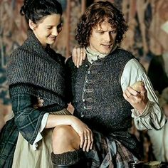 Jamie & Claire from the Outlander series Jamie Fraser, Claire Fraser, Jamie And Claire, Outlander Quotes, Outlander Casting, Outlander Tv Series, Outlander News, Outlander Funny, Outlander Characters