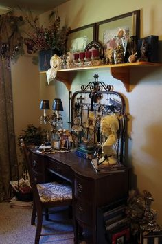 Chari's gorgeous studio