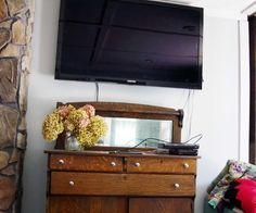 """A """"Faux"""" Mantel to Hide Those Ugly Cords! (with Pictures)"""