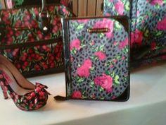 Betsey Johnson lets you match ur luggage 2 ur shoes!