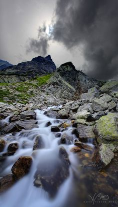 Veľká Studená Dolina (The Great Cold Valley), High Tatras, Slovakia. I have to go to Slovakia Bratislava, Budapest, Beautiful World, Beautiful Places, Les Balkans, Hallstatt, High Tatras, Heart Of Europe, Innsbruck