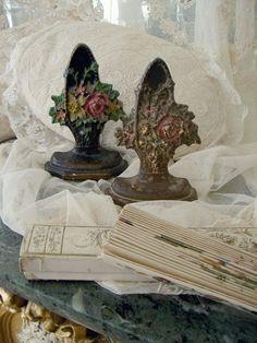 Antique roses basket doorstops