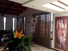 Casa en Venta en Cumbres de Curumo, Área Metropolitana (Caracas) - ConLaLlave