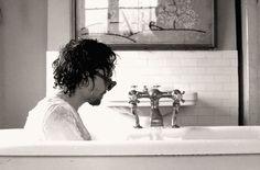 Rub-a-dub-dub, Hiddles in a tub! 1883 Magazine photoshoot, 2011/2012?