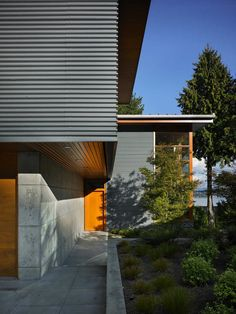 leschi residence by adams mohler ghillino architects architecture home and grey