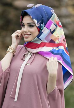 Desenli Venezia Twill İpek Eşarp Modelleri Modern Hijab Fashion, Abaya Fashion, Estilo Abaya, Piercings, Moda Emo, Beautiful Hijab, Silk Scarves, Turban, Windbreaker