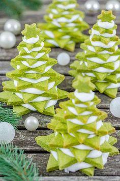 [FOOD BLOGGER Adventskalender] Matcha-Plätzchen-Tannenbäume plus Gewinnspiel Tchibo Cafissimo Latte [Werbung]