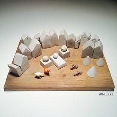My Meraki | Natività | cemento+legno, conigli+galline