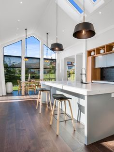 Timeless design for kitchen and dining rooms perfected with the detail of HardieGroove Lining by James Hardie. Fiber Cement Board, Tongue And Groove Panelling, James Hardie, Bungalow Renovation, Ugly Duckling, Kitchen Living, Beautiful Kitchens, Timeless Design, Dining Rooms