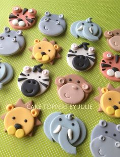 Cupcake Decorating Ideas Animals : 1000+ images about Cupcake decorations on Pinterest ...