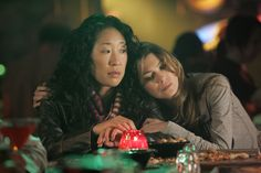 Grey's Anatomy fans can breathe a sigh of relief: Cristina was there for Meredith during the most painful time of her life. Kevin McKidd tells TVLine that Cristina did in fact show up to Derek's funeral last spring to console her grieving BFF. Meredith Grey, Meredith E Cristina, Cristina Yang, Grey's Anatomy, Sandra Oh, Ellen Pompeo, Lexie Grey, Star Wars, Virgo And Aquarius