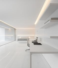 House Between the Pine Forest designed by Fran Silvestre Arquitectos