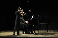 Leon Mladin - Violonist: GALLERY Piano, Concert, Gallery, Roof Rack, Pianos, Concerts
