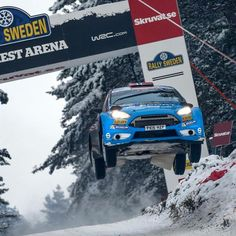 """""""@eyvindbrynildsen flew his #FordFiesta R5 Evo a massive 45 metres on Colin's Crest - a new @rallysweden record that eclipsed all of the world rally cars!!…"""""""
