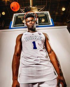 Duke Basketball Players, Basketball Leagues, Basketball Legends, Basketball Cards, Nba Players, Kentucky College Basketball, New Orleans Pelicans, University Blue, Duke Blue Devils
