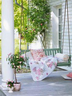 Porch in Love
