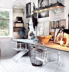 Check Out 25 Chic Scandinavian Home Office Designs. Scandinavian design is extremely popular now, so why not choose this style for your home office decor? Deco Design, Design Case, Design Design, Study Design, Creative Design, Design Room, Creative Studio, Modern Design, Design Styles