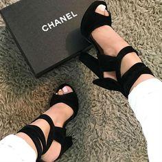 Black Platform Chunky Heels