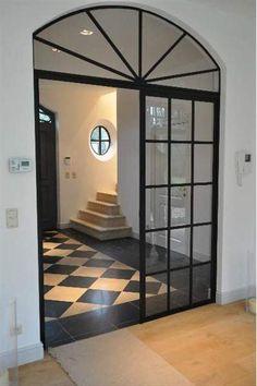 Une porte qui se prend pour une fenêtre ! Très belle réalisation, Brasschaat - Belgium