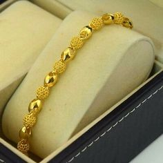 Gold filled jewelry is an economical alternative to solid gold jewelry!t solid gold jewelry. Do not wear your jewelry in hot tubs and swimming pools. Gold Chain Design, Gold Ring Designs, Gold Jewellery Design, Antique Jewellery, Silver Jewellery, Mens Gold Bracelets, Gold Bangle Bracelet, Gold Bangles, Gold Necklace