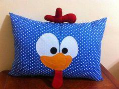 FIESTAS TEMA GALLINITA PINTADITA Cute Pillows, Baby Pillows, Kids Pillows, Animal Pillows, Throw Pillows, Pillow Pals, Felt Pillow, Hand Work Embroidery, Machine Embroidery Projects