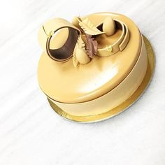#Repost @kikiras_ioannis  Caramel-Hazelnut Cake ...  #hotelgrandebretagne #clickatluxury #athens #easter #moments #pastryart  #luxury #design #decoration #art #chocolate #caramel  #chefstalk #pastryinspiration #pastrychef @bakelikeapro #simplistic_food #pastrylove #chefsroll @chefsgossips #pastrychefpage @foudepatisserie #desserts  #bakelikeaproyoutube #instagood #instagram