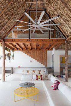 Casa de playa en un rancho de diseño: zona común