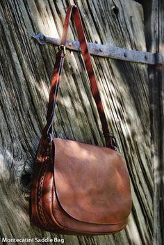 Dooney & Bourke: Handbags